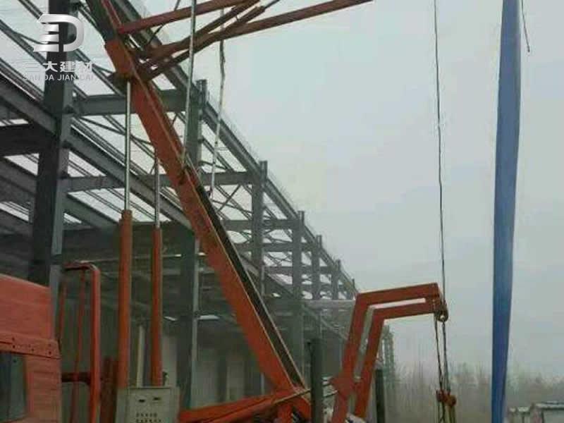 屋面板系例-高空压瓦报务